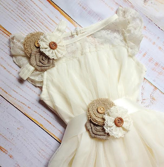 Свадьба - Rustic Burlap Ivory Lace Dress, Flower girl, cottage chic, shabby chic, beach, country flower girl dress