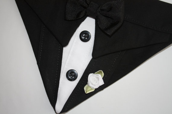 Свадьба - Dog Tuxedo Wedding Bandana Black Suit Dog Bandana Sz L XL