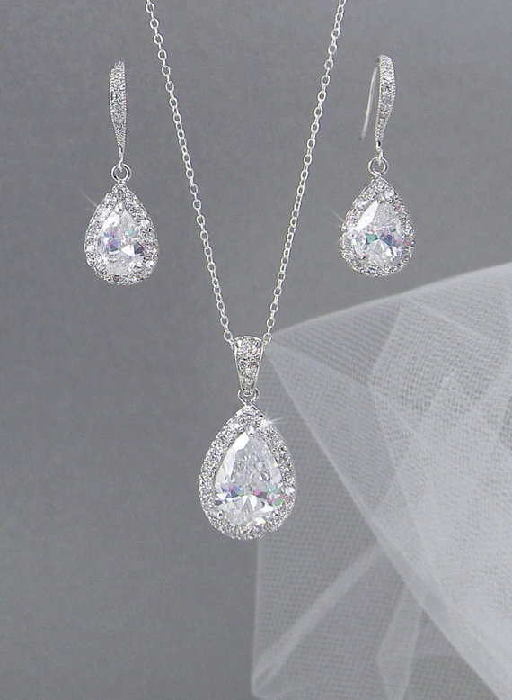 Свадьба - Crystal Bridal Earrings. Crystal wedding earrings,  Crystal Pendant, Bridesmaids jewelry, Ariel Bridal Jewelry SET
