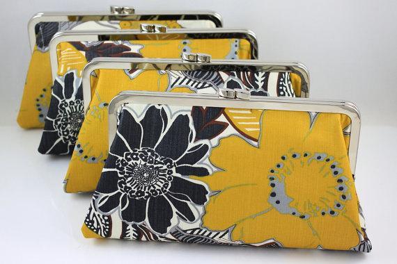 Свадьба - Mustard Floral Pattern Bridesmaids Clutches / Wedding Purse / Wedding Gift - Set of 4