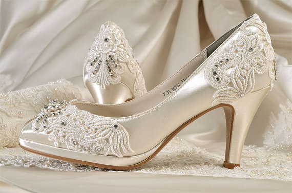 Свадьба - Lace Wedding Shoes - Custom 120 Color Choices- PBT-0826A Vintage Wedding, Women's Bridal Shoes