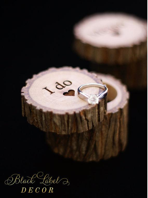 Hochzeit - Rustic Hickory Ring Bearer Wood Ring Box, Alternative Tree Stump Ring Bearer Box - Cute Wedding, Anniversary, or Engagement gift!