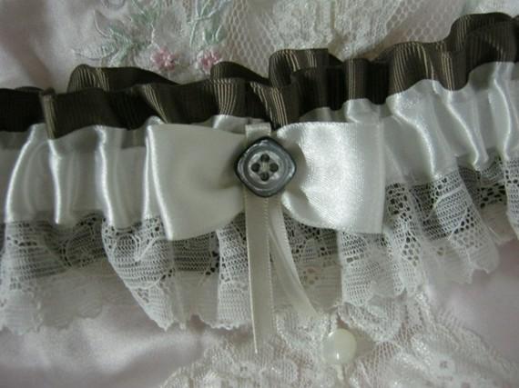 Wedding - Ivory and Brown Garter
