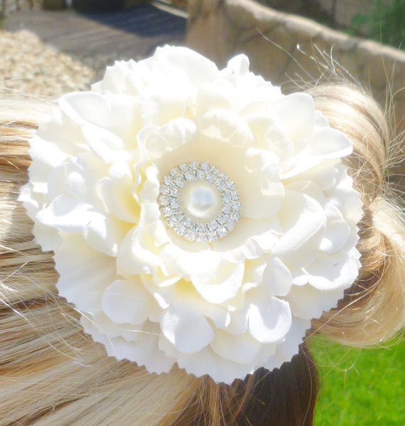 81e648e04 Ivory wedding hair flower--flower girl hair accessories--mother of the bride  to be gifts--bridal shower honeymoon