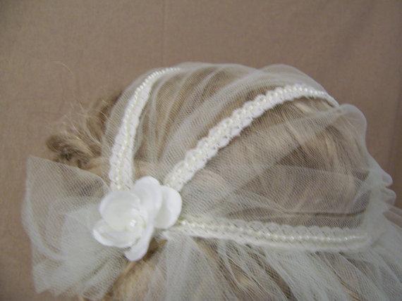 Свадьба - Juliet Cap Wedding veil, Juliet Cap Veil, White and Ivory, unfinished edges and Pencil edge