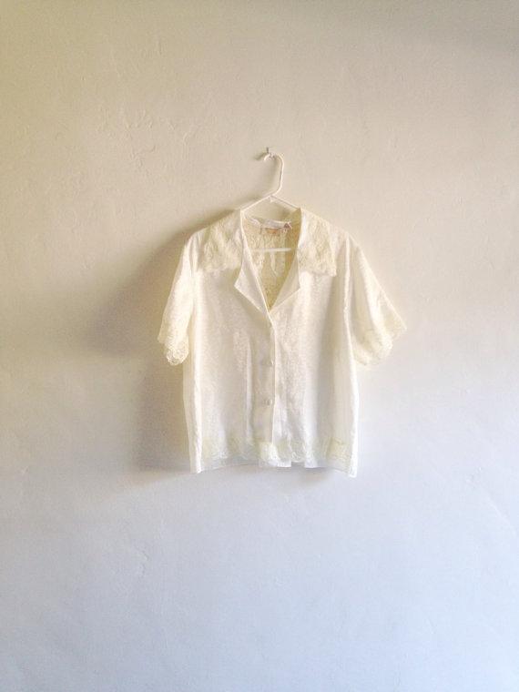 Свадьба - Vintage Lingerie Top - 1990s Victorias Secret Lace Inset Collared Lounge Lingerie Shirt