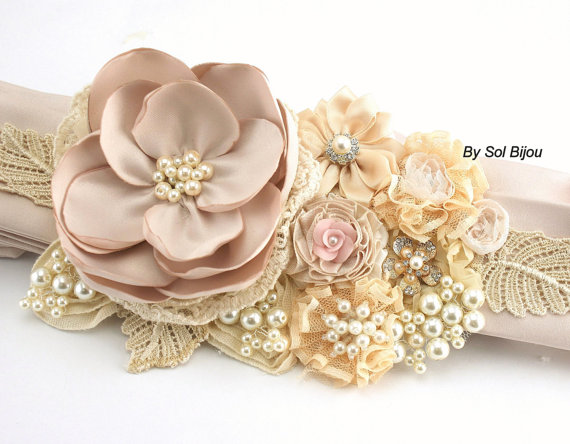 Свадьба - Bridal Sash in Ivory, Champagne, Tan, Beige, Gold and Blush Pink with Satin, Chiffon, Lace, Pearls and Crystal Jewels- Vintage Dream