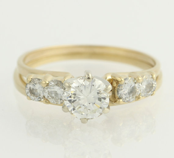 Solitaire Diamond Engagement Ring And Wedding Band Set