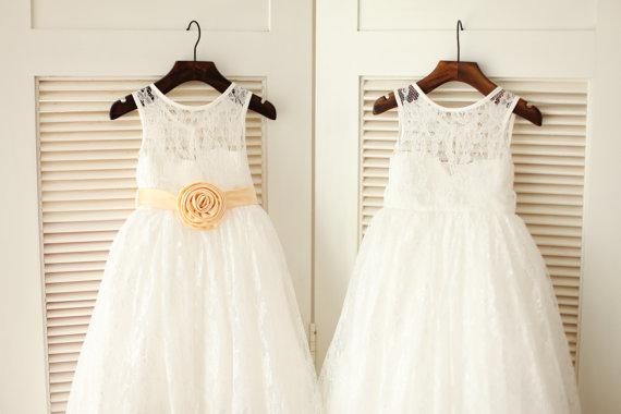 Mariage - Sweetheart Ivory Lace Tulle Flower Girl Dress/Flower Sash Children Toddler Kids Party Dress for Wedding Junior Bridesmaid Dress