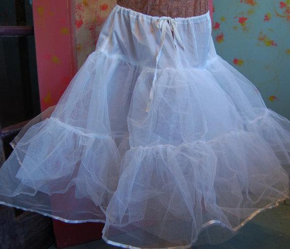 Mariage - Size Large Vintage Tiered Bridal Tulle Petticoat Slip
