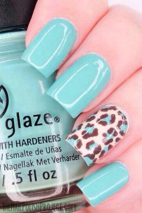 زفاف - 25 Eye-Catching Minimalist Nail Art Designs