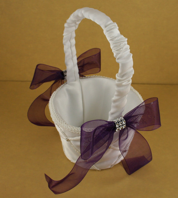 Mariage - Wedding Accessories Available White or Ivory Satin base PLUM PURPLE organza Ribbon CHOOSE Basket, Pillow, Knife set Or Champagne Glass set