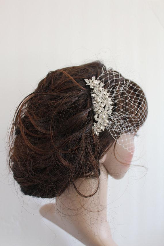 Hochzeit - Bridal fascinator,bridal Swarovski Pearls Comb,Wedding comb,bridal headpieces,bridal birdcage veil, Wedding birdcage veil and a bridal comb