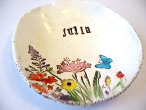 زفاف - Spring Summer Meadow Field of Flowers with Butterflies Bridesmaids Jewelry Ceramic Gift Dish ONE (1) Dish