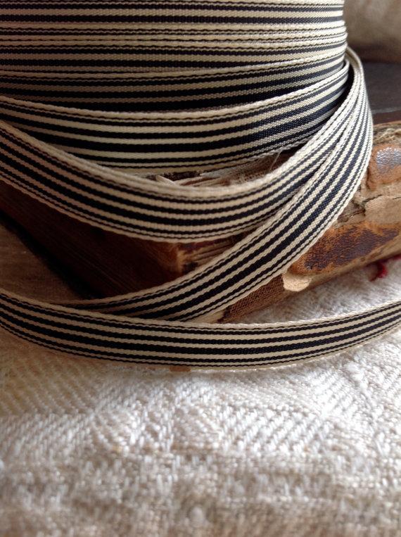 Hochzeit - little striped grosgrain black and cream adorable ribbon