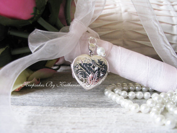 Свадьба - Bridal Bouquet Locket, Sterling Silver Heart Locket