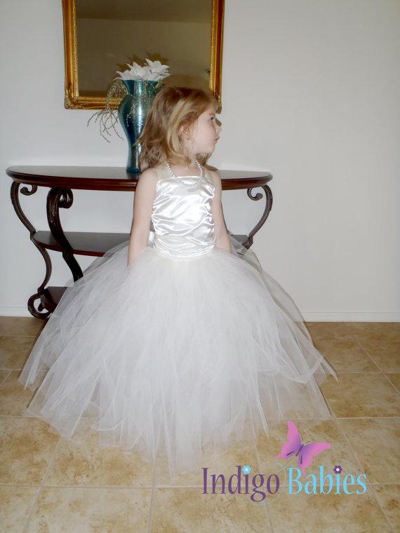 Mariage - Flower Girl Dress, Weddings, Tutu Dress, Ivory Tutu, Cream Top, White Reception, Diamond White Ballerina, Bridesmaids Tutu, Wedding