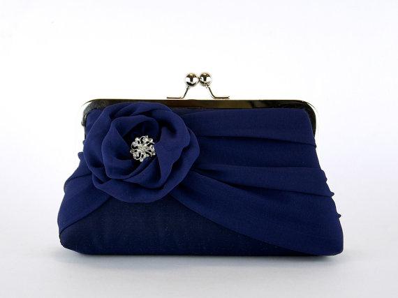 Свадьба - Silk Chiffon Clutch In Navy , Bridal clutch, Wedding clutch, Wedding purse, Bridesmaid clutch