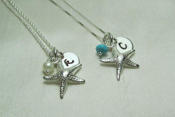 Свадьба - Bridesmaid Gift - Set of 6 - Beach Wedding Jewelry - Starfish Bridesmaid Necklace - Personalized Bridesmaids Jewelry Gift