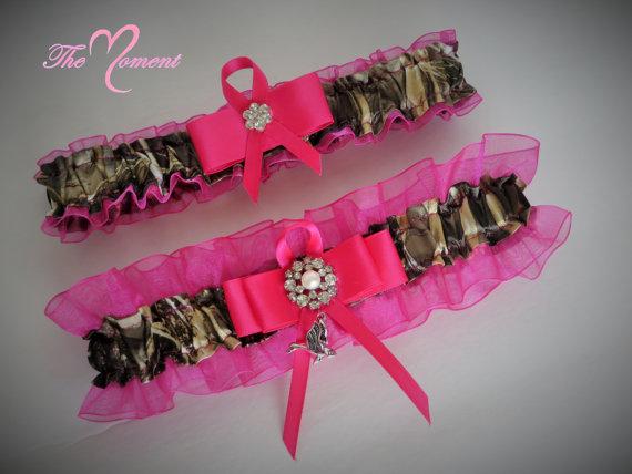 Mariage - Hot Pink True Timber Mc2 Camo Garter Set, Camo and Aqua Keepsake and Toss-away Garter Set.