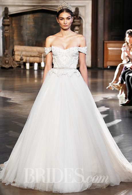 Свадьба - Inbal Dror Wedding Dresses - Fall 2015 - Bridal Runway Shows - Brides.com