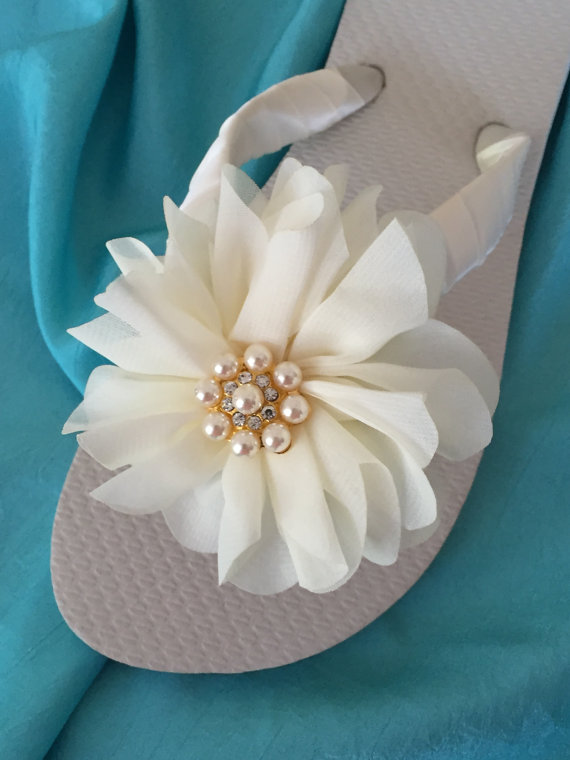 b1d48235428cd Wedding Flip Flops.Bridal Accessories.Ivory Flip Flops.Beach Wedding.Flower  Rhinestone Shoes.ALL COLORS AVAIL!