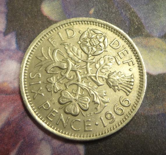 Mariage - 1966 And A Silver Sixpence In Her Shoe Wedding Bride Groom Shoes Bridal Shower Gift Keepsake Coin Token of Luck