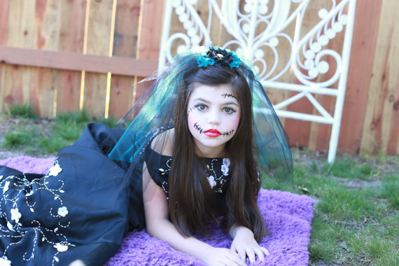 Zombie Wedding Gifts: Black Wedding Veil...Bachelorette Veil...Clip On Veil