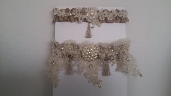 Wedding - Wedding leg garter, Pearl Lace Garter, Rustic Wedding Garter, Bridal Garter Set , Cream Lace Garter Set ,Wedding Accessory