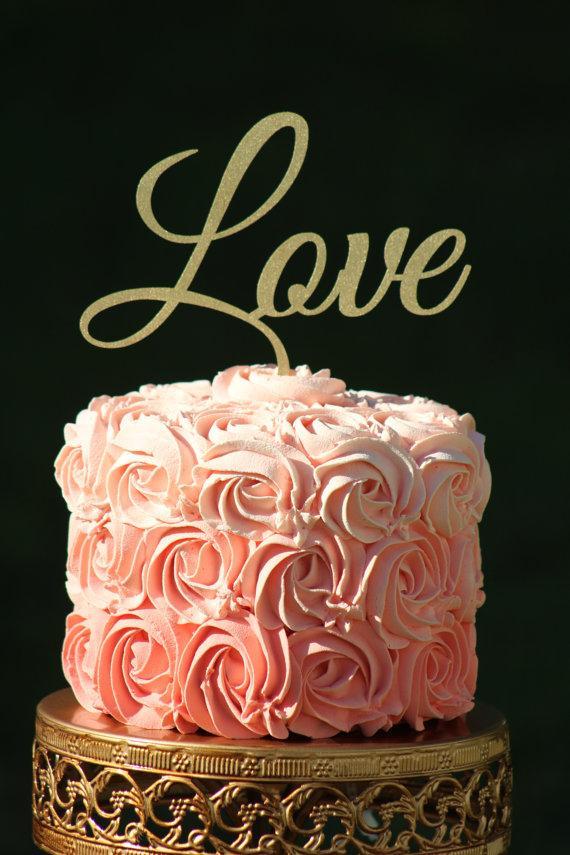 Hochzeit - Gold LOVE Wedding Cake topper - Wooden cake topper - Engagement Cake topper