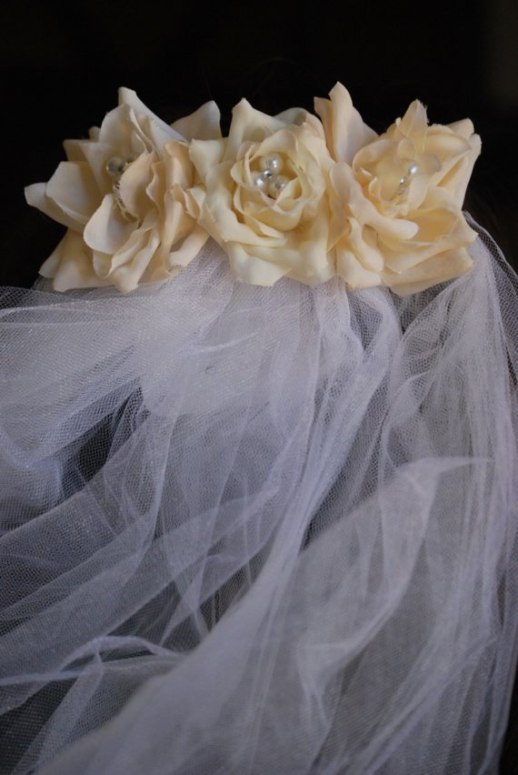Wedding - SALE......Trio of Bridal Roses and Veil
