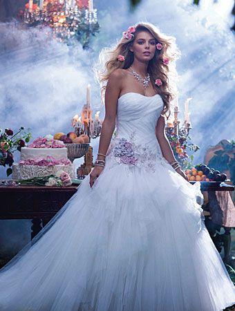 زفاف - The 2014 Alfred Angelo Disney's Fairy Tale Wedding Gowns