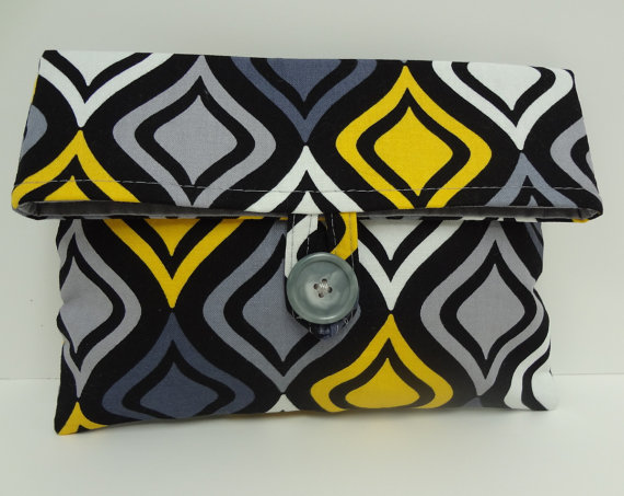 Свадьба - READY TO SHIP Yellow and Gray Wedding Bridesmaid Clutch Medium Gray and Yellow Foldover Makeup Bag