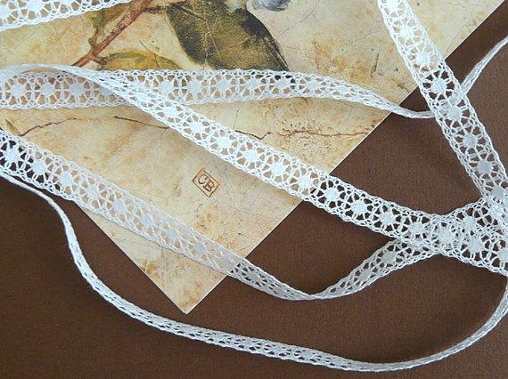 """زفاف - 6 3/4 Yards - Vintage Cotton Lace - Tiny Narrow Lace Insertion - Bridal - Doll Dress Trim - Lingerie Lace - 3/8"""" Wide - WHITE - B-258-W"""