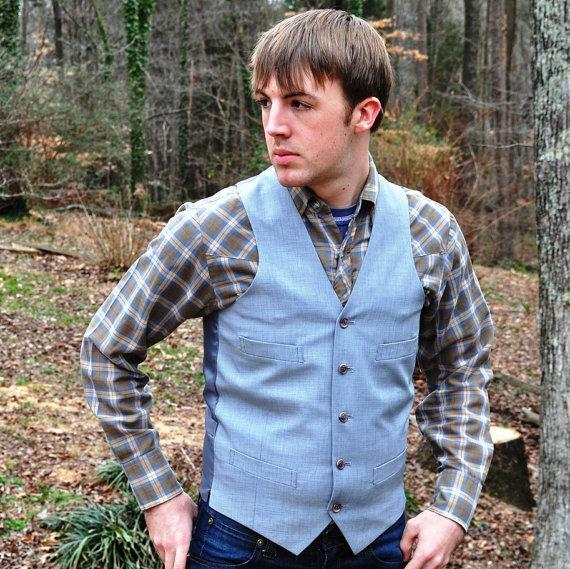 Свадьба - Mens Small Vest 36 to 38L Long Blue Gray Vintage Waistcoat Tall Womens Medium Unisex Four Pocket Adjustable Size Steampunk Fashion