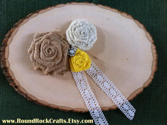 زفاف - Wood Slice Ring Bearer Pillow Medium - Mixed Color with Yellow