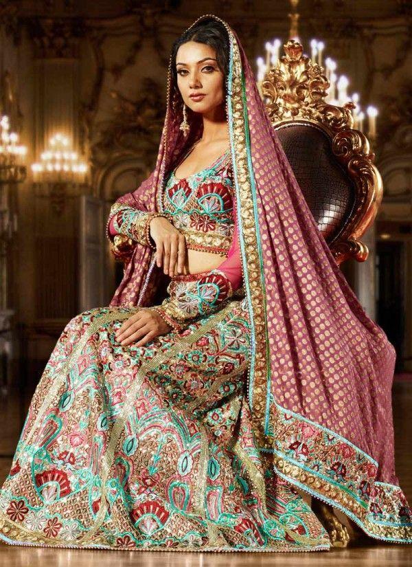 Hochzeit - Indian Bridal Fashion And Every Day Fashion