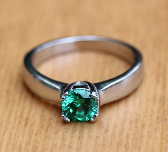 Genuine Emerald 1ct Solitaire Ring In Titanium Silver White
