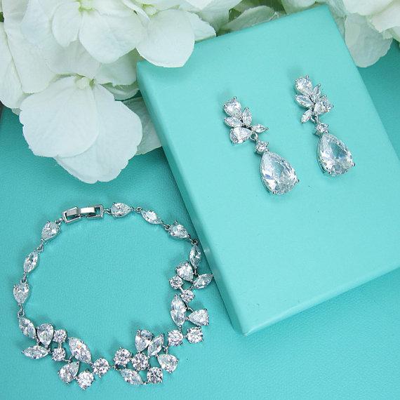 Wedding - Bridal bracelet set, wedding earrings braceletset, cz bracelet, cubic zirconia bracelet, bridal jewelry, wedding pear cz bracelet