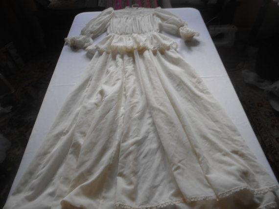 Wedding - 010-Floor length-sheer organza and lace wedding dress- Downton Style- pure elegance and taste !   Size 4-6