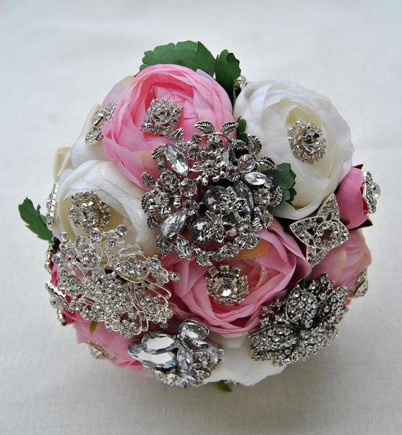 Mariage - BROOCH BOUQUET pink Ivory Brooch Bouquet with Silver Brooches Brooch Bouquet,1920s The Great Gatsby Peony Bridal Wedding Brooch Bouquet