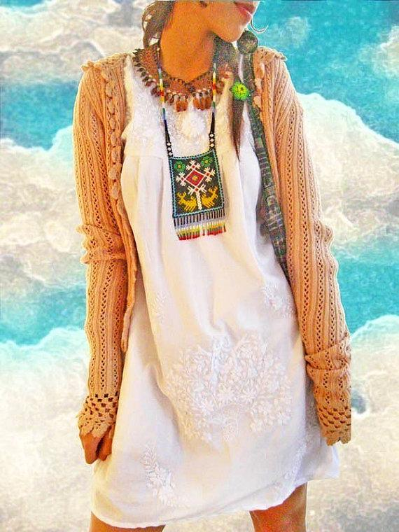 Свадьба - Peace Lover vintage embroidered Mexican dress hippie hip chic boho wedding dress fiesta white dress