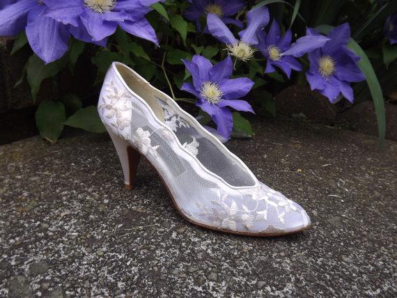 Wedding - Lace Wedding Shoes, High Heel Bridal Shoes, Floral White Ivory Cream Shoes, Designer Stuart Weitzman Womens Size 6 1/2 6.5 AAAA Narrow US