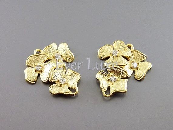 Mariage - 2 Flower bouquet cubic zirconia CZ connectors / floral links for making earrings necklaces bracelets jewelry 1388-MG (matte gold, 2 pieces)