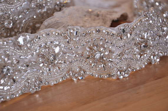 Mariage - ONE  Yard Rhinestone and pearl Beaded Applique crystal applique
