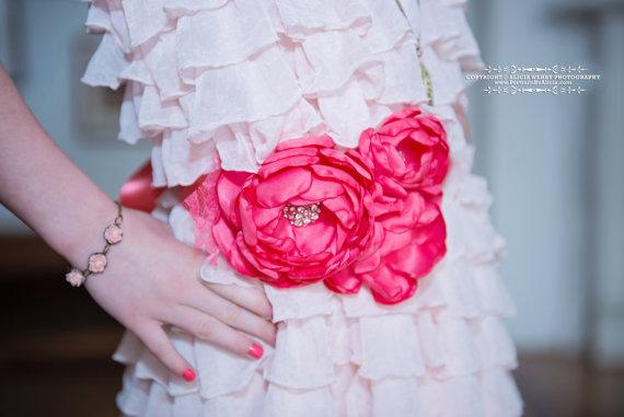 زفاف - Custom Bridal Sash - Coral Bridal Belt - Bridesmaid Belt - Maternity Sash - Weddings - Wedding Sash - Ribbon Belt - Ivory Wedding