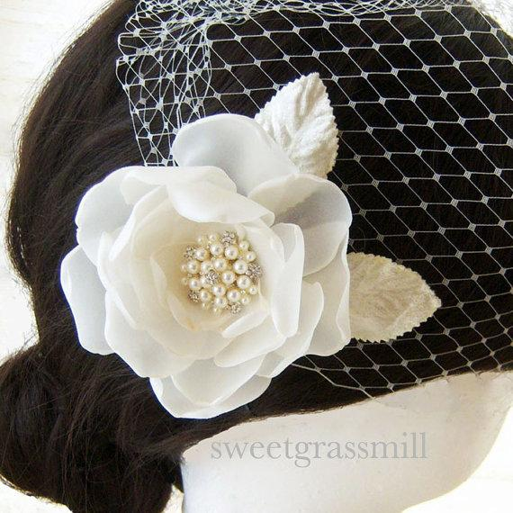 Mariage - Bridal Fascinator Veil Set - FLEURENNE - Ivory or White Handcrafted Flower Pearl Fascinator Birdcage Veil
