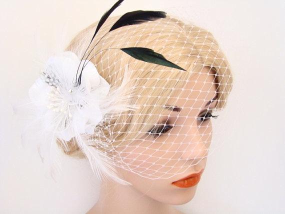 Hochzeit - Birdcage Veil with Feather Fascinator - Veil with Feather Hair Clip - Feather Headpiece Veil - Bird cage Veil - Bandeau Veil - Bridal Veil