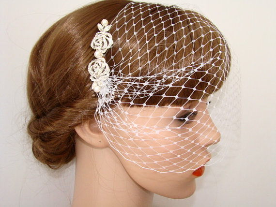 Hochzeit - Bridal Hair Comb Birdcage Veil - Wedding Veil Fascinator - Rhinestone Comb Bridal Headpiece Hair Accessories Bridal Veil Hair Piece