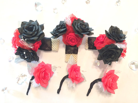 Wedding - Red and black corsage and boutonniere, Prom corsage, Men's lapel flower, lapel pin, Men's buttonhole flower, Prom boutonniere, Mom corsage